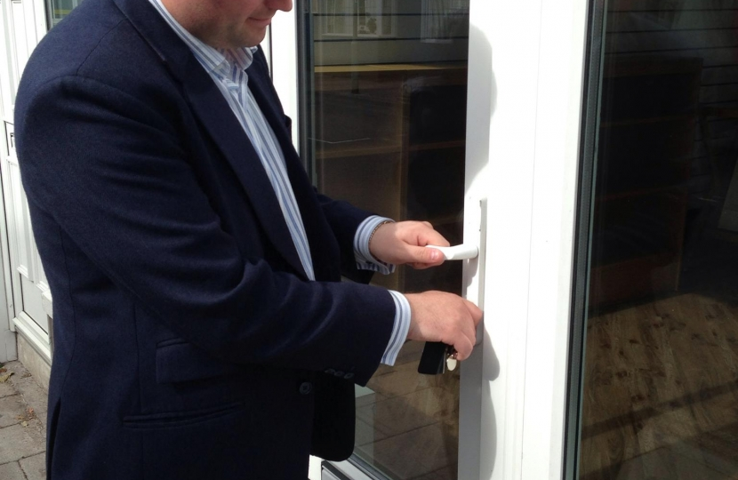 Kev Opening The Door @201Torbay